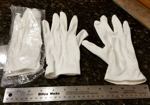 2 Pairs of Formal White Gloves