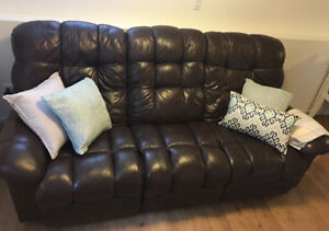 Lazyboy leather recliner couch