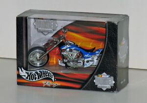 Hot Wheels NASCAR Phizer Custom Motorcycle 1:18 Scale Diecast