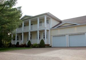 ***Just Reduced!! Beautfiul Executive Home for Rent! ***