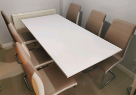 Rectangular White High Gloss table with 6 two tone chairs