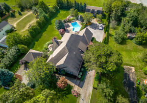 Magnificent Estate in Niagara on the Lake