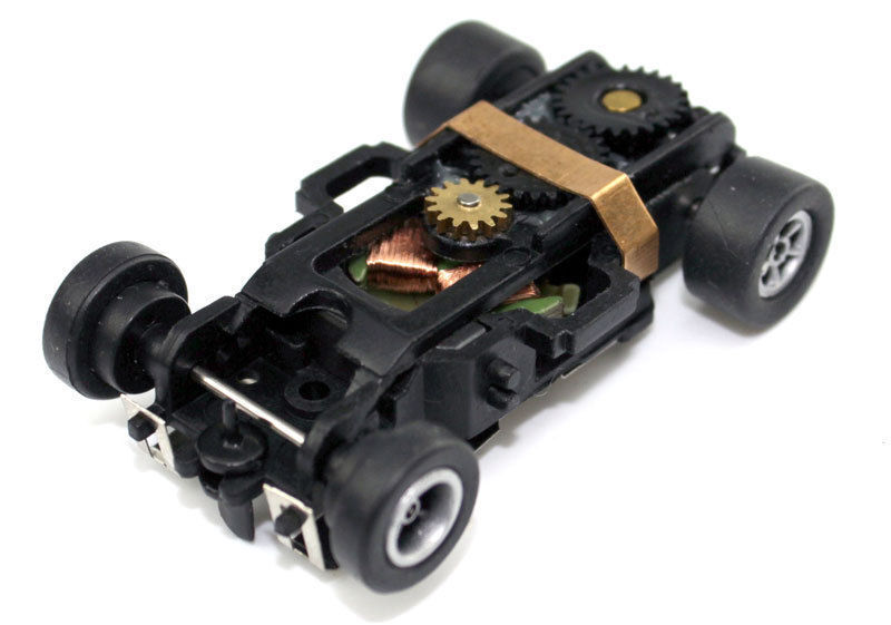 1 New Real Auto World Xtraction Ultra G Mag HO Slot Car Chassis Fits Aurora AFX
