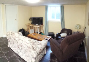 ROOMMATE NEEDED - Students - Uptown - Immediate Move In