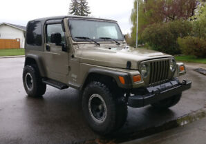 Beautiful 2005 Jeep TJ 4.0 w/ very low mileage, hard & soft tops