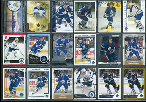 TORONTO MAPLE LEAFS 1034 Different Hockey Cards In Sheets Binder
