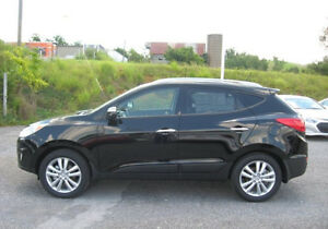 2012 Hyundai Tucson SUV, AWD Leather Pano roof