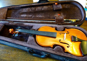 1/4 size violin stentor outfit 204-779-4090