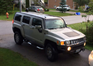 Hummer H3 -  2007 -  288,000km Beige sun roof fog lights