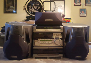 Philips Magnavox Sterio System
