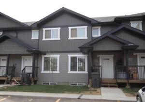 Townhouse for rent - Lloydminster, SK