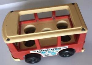autobus Fisher Price toys fabriqué et daté de 1969