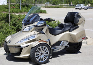 2018 CAN-AM SPYDER RT LIMITED CHROME/CHAMPAGNE (ONLY 600KM)