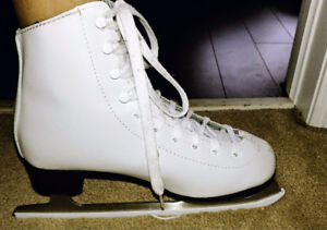 Skating Shoe and hat