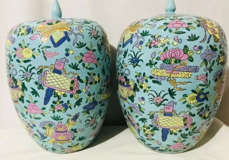 19th Century Chinese Matching Pair Of Turquoise Blue Ovoid Lidded Jars