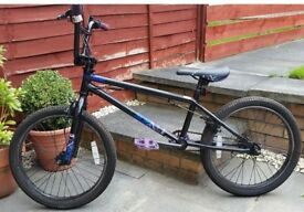 BMX Mongoose Subject 20 Inch Wheels