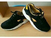 Nike air huarache mens ladies black yellow trainers shoes size 8 vgc