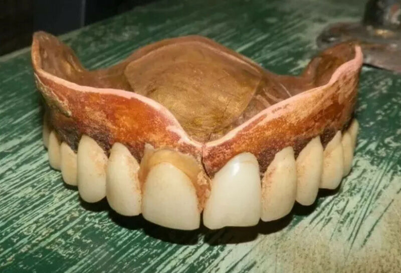 Antique Dental Study Piece Teeth  #1
