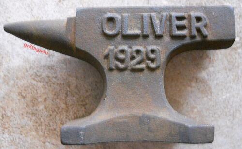 Oliver Tractor Rustic Cast Iron Anvil Jewelry Paperweight Hobby