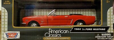 MOTOR MAX AMERICAN CLASSICS 1964 1/2 FORD MUSTANG CONVERTIBLE 1/24 SCALE RED