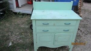 OLD CUPBOARD WITH DRAWS London Ontario image 1