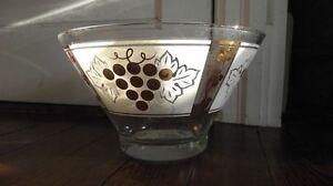 vintage pyrex dishes Windsor Region Ontario image 1