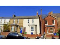 PROFESSIONAL ROOMS ** Great 5 bed house in East Oxford {1Q3DE}