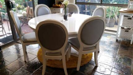 2-pack white high gloss round dining table & 6 matching chairs Frankston Frankston Area Preview