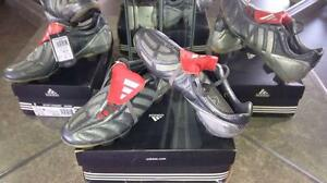 RARE AND PROFESSIONAL LEVEL SOCCER CLEATS AND MATCH BALLS Kitchener / Waterloo Kitchener Area image 2