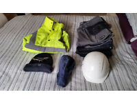 Work clothing - Work trousers, hi-vis jacket, helmet, etc...