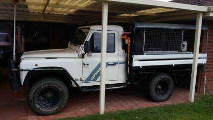 LAND ROVER DEFENDER 300TDI UTE TRAY BACK Swan View Swan Area Preview