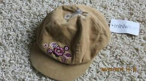Baby girls hat, new with tags - Runs much bigger than size!