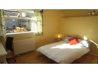 FESTIVAL LET: Bright and spacious bedroom in shared flat in Leith (August)