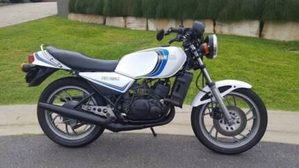 1981 Yamaha RD250LC
