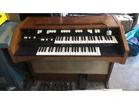 Hammond organ L122 valve organ from 1968
