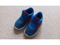 Adidas trainers size 6 Junior