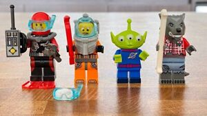 COLLECTABLES: 4 x Lego Minifigures in EXCELLENT NEW CONDITION!