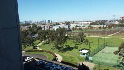 1 unfurnished Room Available for Rent in Appartment (Kensington) Kensington Melbourne City Preview