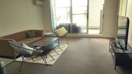 Single Bedroom in Modern Apartment--$180
