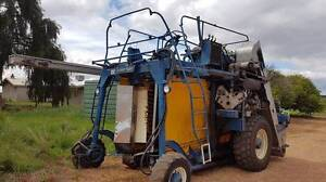 Chisholm Ryder 800 OWC 4WD Grape harvester, Nairn 1230 specs Paisley Loxton Waikerie Preview