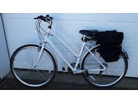 Ladies Hybrid Raleigh Urban One bike