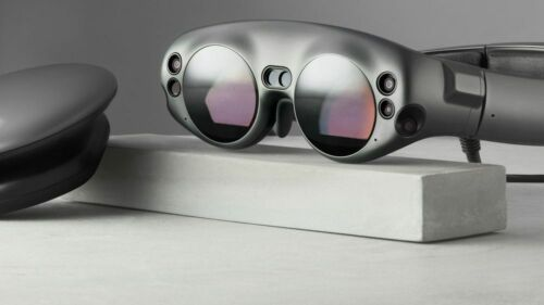Magic Leap One Creator Edition Bundle w Carrying Case and Hub with original box