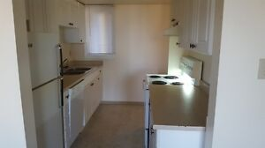 2 BED TOWNHOUSE, 2 FLOOR PLAN,  IN SUITE STORAGE AND LAUNDRY.