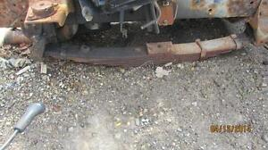 SPRINGS ,DRIVE SHAFT ,REAR END FROM AN INTERNATIONAL 4900 London Ontario image 2