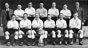 BROMLEY-FOOTBALL-TEAM-PHOTO-1949-50-SEASON