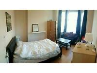 2 rooms in 5bed shared house near city center & Salford uni bills incl