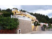 Want to spend the winter in Spain - Luxury 6 bed 3 bath villa exchange house Portsmouth area