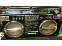 Vintage ghetto blaster crown 5100sl