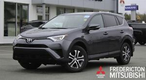 2016 Toyota RAV4 LE! AWD! LOADED! ONLY 32K!