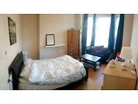 2Double rooms available in a friendly shared 5bed house near city center & Salford uni